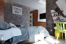 bedroom a f.jpg