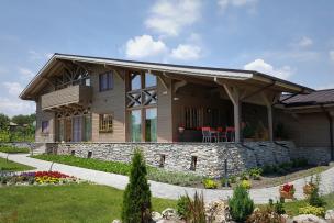 Wooden Prefabricated Low Energy House Madara 01.jpg