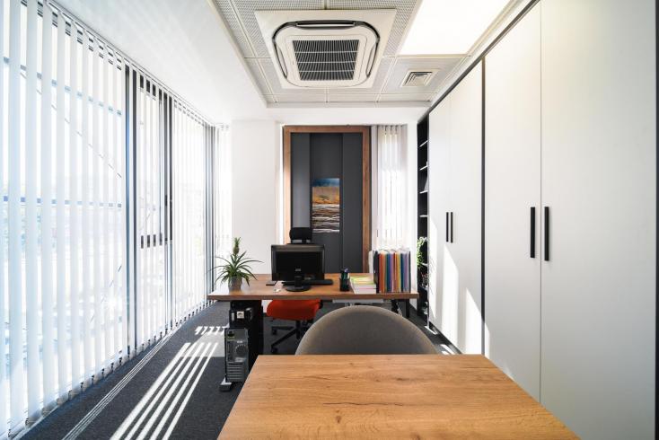 Office_08.jpg